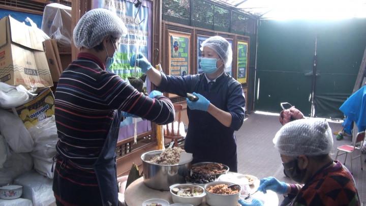 阿根廷慈濟端午素粽義賣  所得購買防疫口罩贈僑胞