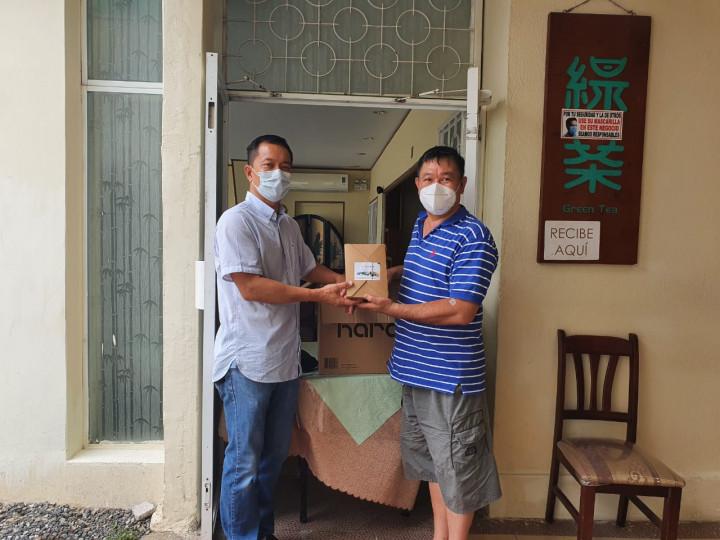 瓜地馬拉臺灣商會 致贈僑胞端午節粽子禮盒