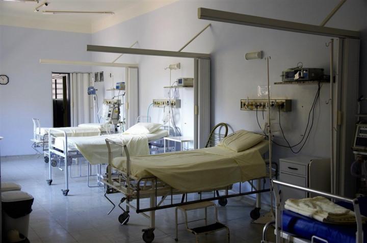 中央流行疫情指揮中心發言人莊人祥12日說,台灣COVID-19染疫致死率已達3.2%。(示意圖/圖取自Pixabay圖庫)