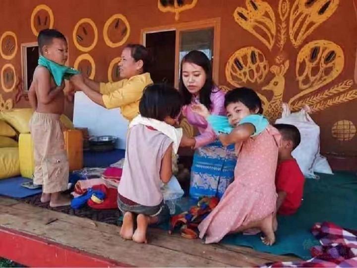 JDL公司援助物資給當地孤兒院,展現企業社會責任