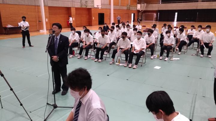 岩手高校和田校長也送上祝福