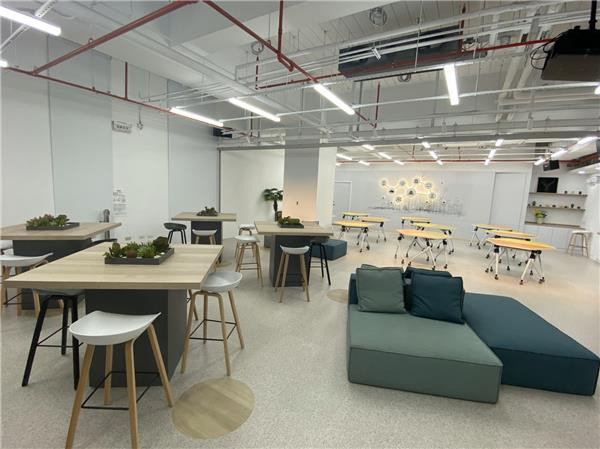 Open new window for Digital Transformation Innovation Hub located in Kaohsiung Software Park.