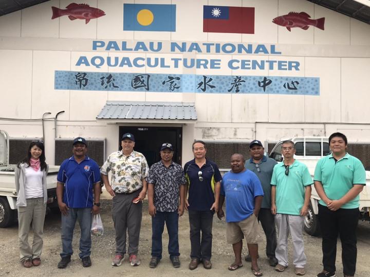 駐諾魯大使周民淦邀帛國農漁暨環境部部長參觀技術團