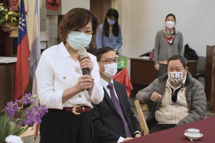 第25屆新任理事長黃淑芳致詞