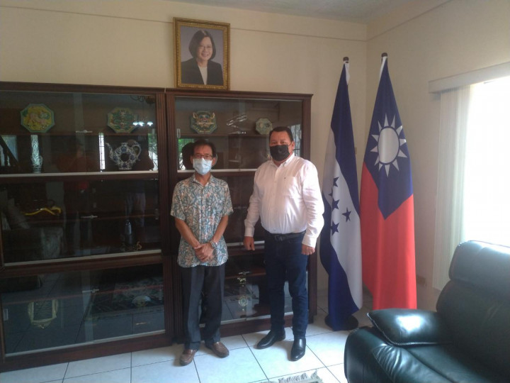 宏都拉斯北部Pimienta巿巿長 拜會駐汕埠總領事