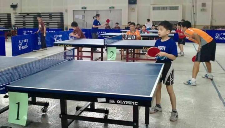 林昀儒9歲打球萌照曝光。(宜蘭市公所提供)