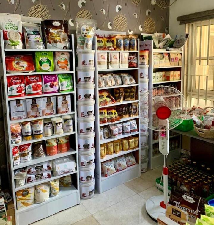 參觀展示奈國農產品包裝與產銷模式