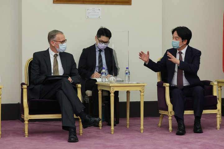 副總統接見美國在台協會台北辦事處處長酈英傑