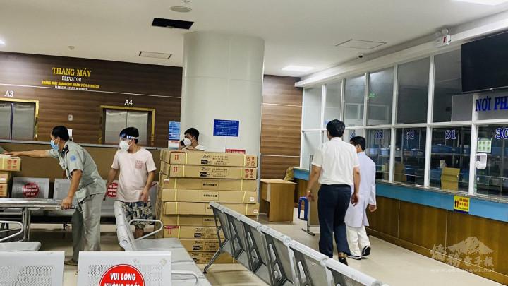 呼籲臺商踴躍捐助越南醫療物資,共同對抗嚴峻疫情。