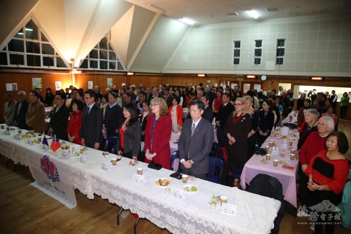 會眾一起為臺灣、紐西蘭、全世界疫情平緩集氣祈福