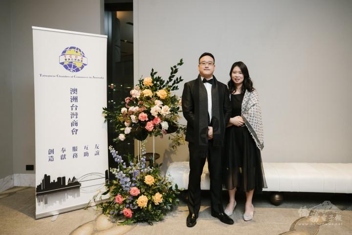 雪梨青商之星葉禮丞(左)