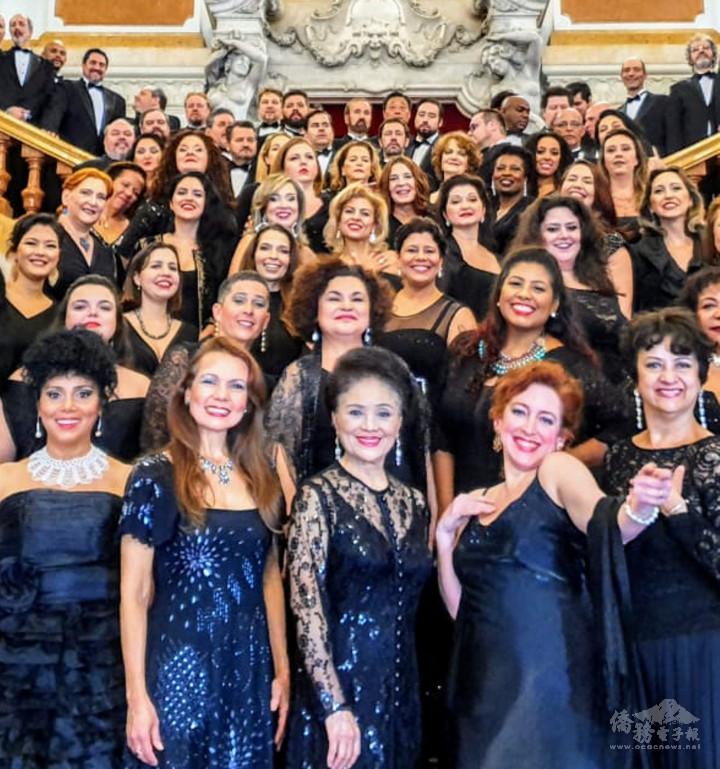 市立歌劇院合唱團
