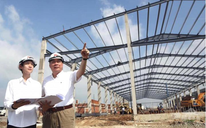 和鼎隆建築董事長簡智明傳授工程經驗