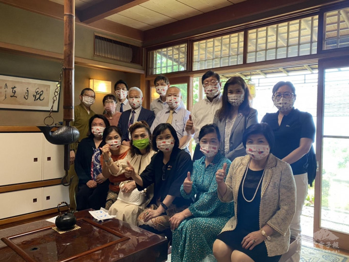 這次日本各僑會都主動發起募款,希望報答日本贈送疫苗給臺灣