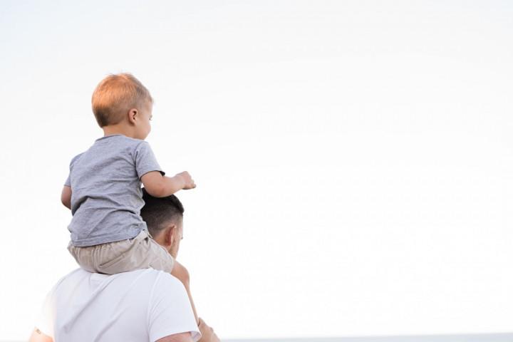 金管會提醒辛勞的父親,善用保險規劃保障家庭經濟安全(示意圖 翻攝自Unsplash)