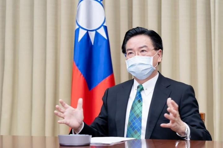 外交部長吳釗燮日前接受德國媒體「編輯網絡」視訊專訪,深入說明中國對台灣的威脅及台海情勢等議題。「編輯網絡」3日刊出訪談內容。(外交部提供)