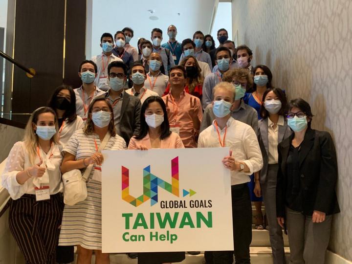 葡萄牙留台校友會與里斯本MBA學員 共同聲援台灣參與聯合國