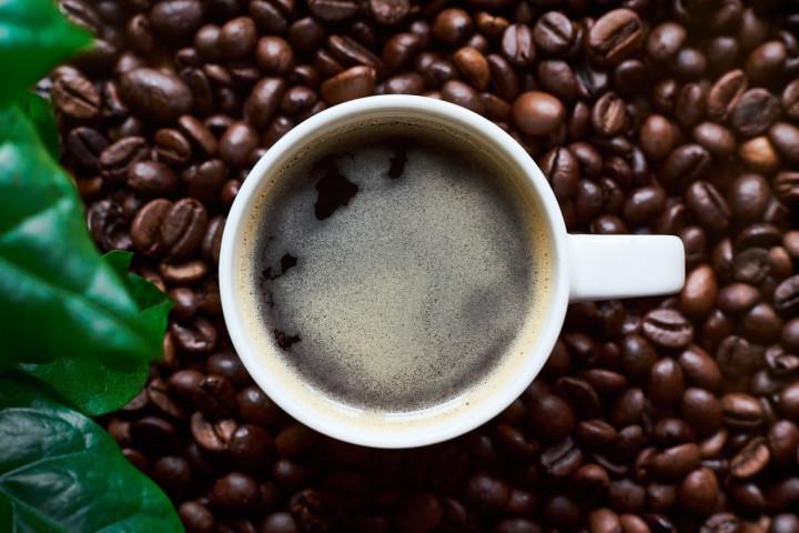 4大超商五倍券數位綁定服務 推出咖啡優惠 (示意圖/翻攝自unsplash)