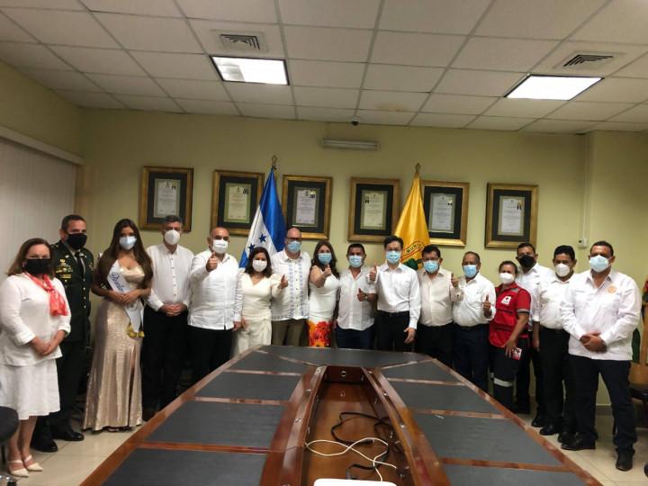 張總領事應邀出席El Progreso巿慶祝宏國獨立200週年活動