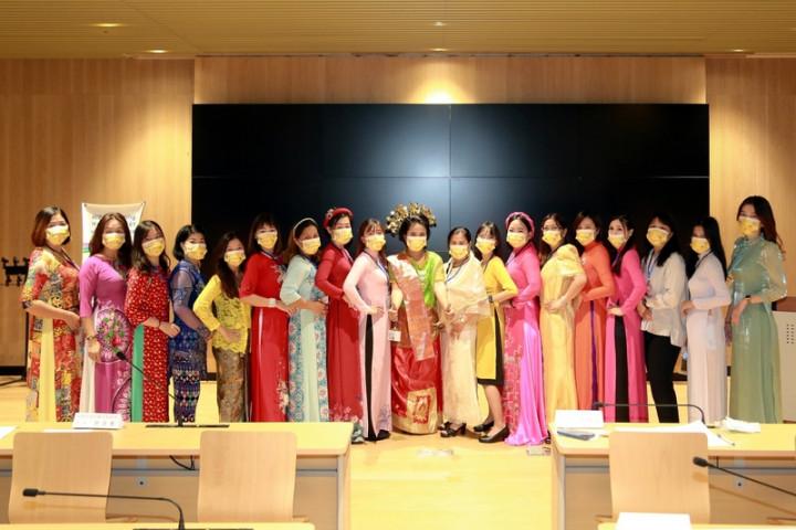 台南市政府全力推動觀光,培訓稀少語別旅遊導覽人員,22名越南、馬來西亞、菲律賓、印尼等國籍僑生、新住民及其二代25日結訓。(台南市政府提供)