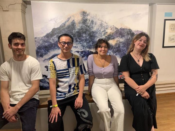 左起Victor Pellet(2019得獎者)、吳識鴻(2021得獎者)、Julia Reynaud (2020得獎者)、Maurane Mazars(2018得獎者,2021安古蘭新人獎)(目宿媒體提供)