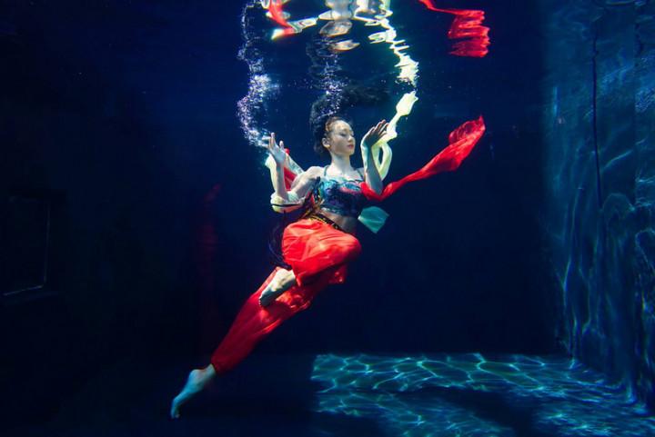 """""""Water Dance"""" ©Tzeng Chin-fa"""