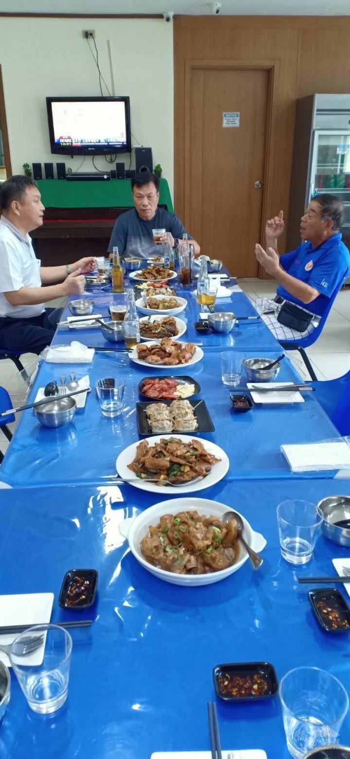 旅菲南線臺商會以臺灣美食共同慶祝中秋節