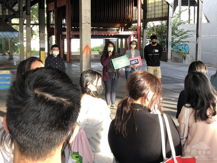 僑胞卡特約商店「十九金」19 GOLD Taiwanese Restaurant創業僑青鄭雅慈