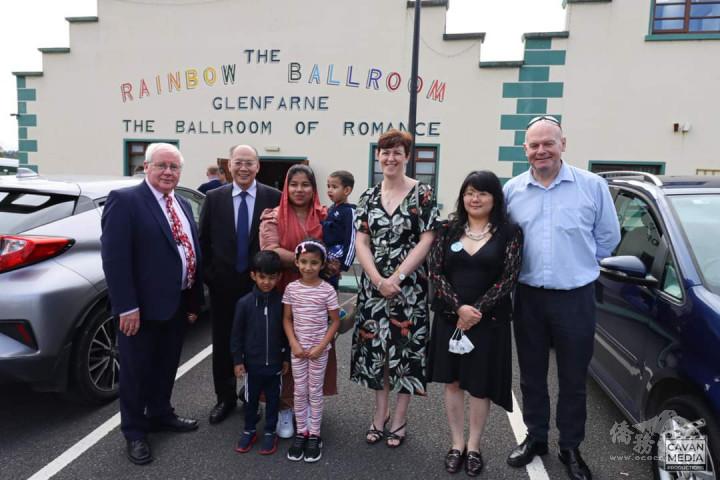 TD Brendan Smith, Deputy Chih-Hsun Chen (TRO), Syrian Family, TD Pauline Tully, Dr. Angel Cheng and Senator Diarmuid Wilson