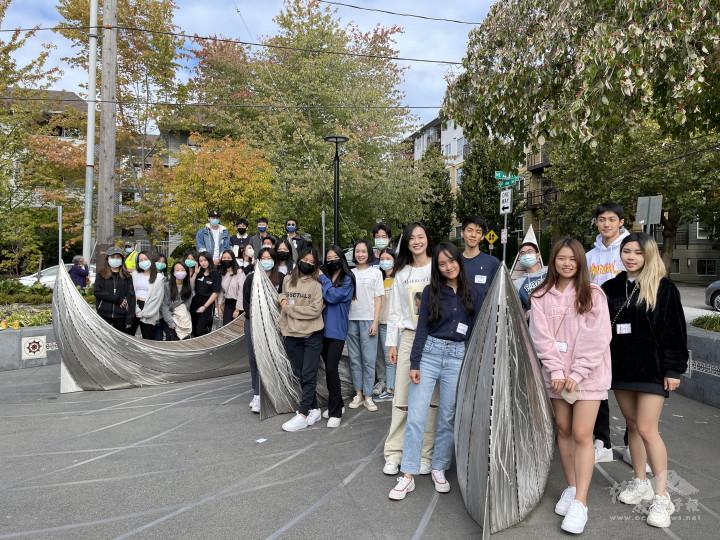 臺灣僑民青年、留學生們