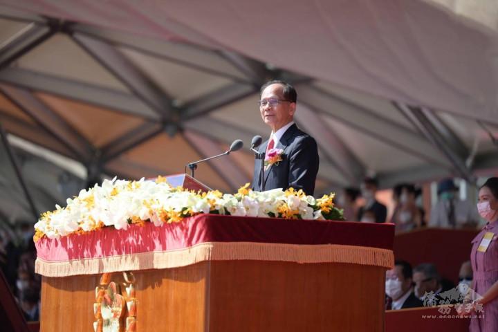 游錫堃院長感謝全體國人共同努力、中央及地方政府與立法院跨黨派合作,終讓疫情逆轉