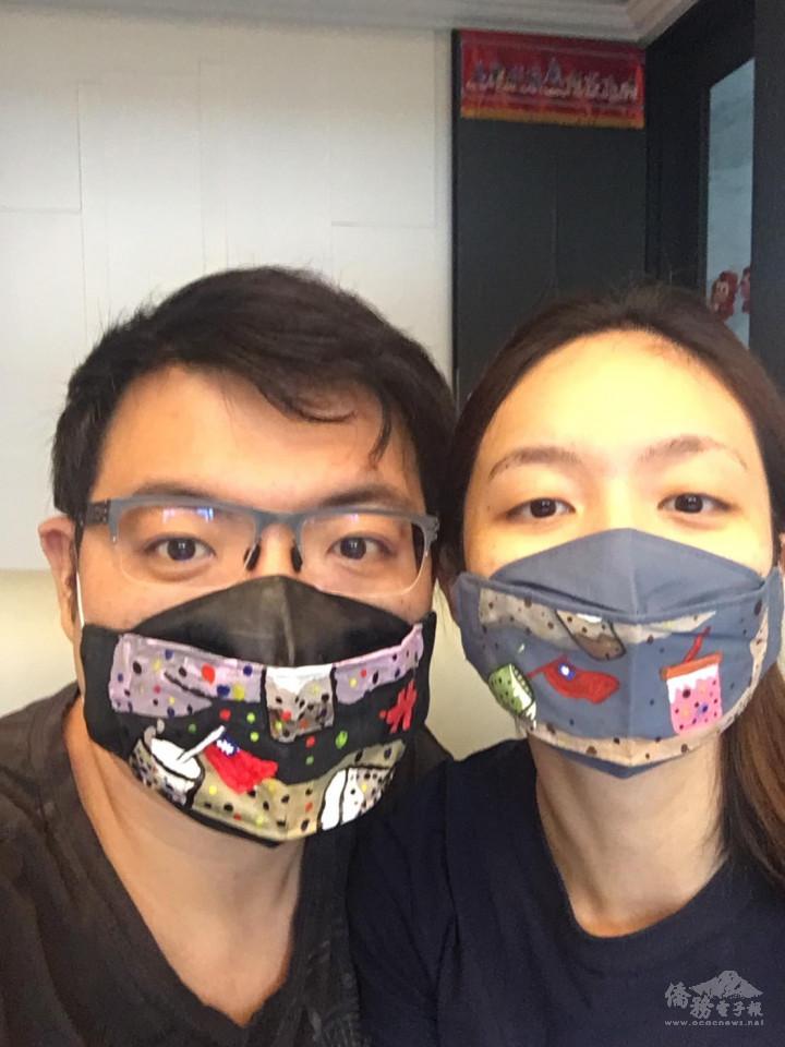 青商朋友展示彩繪口罩