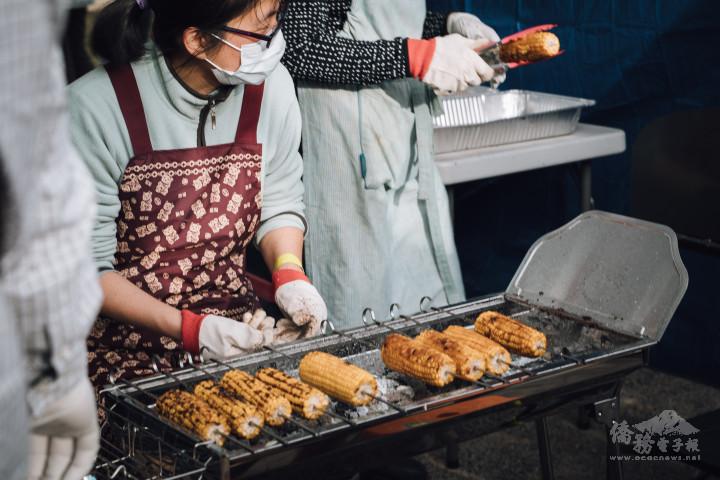 烤玉米攤販