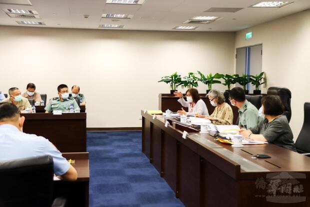 國防部召開性別平等專案小組第34次會議。