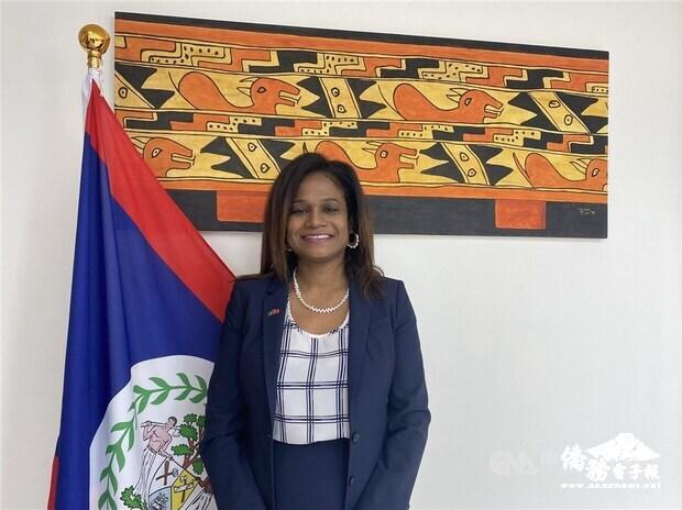 貝里斯新任駐台大使碧坎蒂日前受訪表示,台灣抗疫有成,卻不受世界衛生組織歡迎,這樣的狀況令她難以理解。