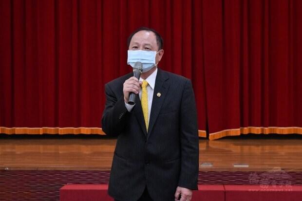 世界台商聯合總會榮譽會長劉雙全代表致詞