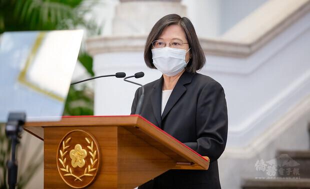蔡英文總統13日下午在總統府召開國安高層會議,會後在總統府敞廳發表談話