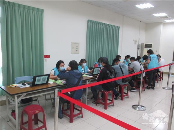 迎畢業季 科技產業園區聯合徵才 釋出逾1600個職缺
