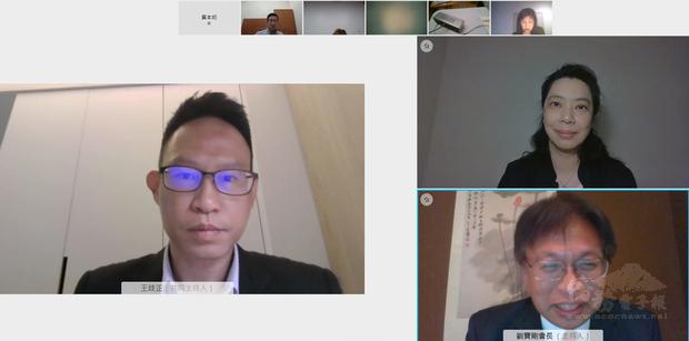 講座主講人 王歧正律師(左)、朱天梅副組長(右上)、劉寶剛會長(右下)。