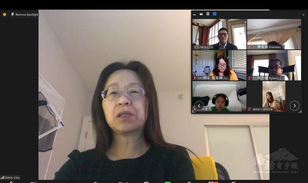 芝加哥文教中心劉綏珍主任在開幕式勉勵同學,利用演講比賽來精進中文口語表達能力。
