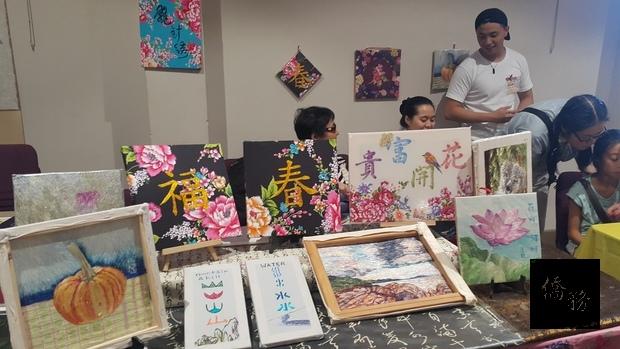 漢字飛針刺繡作品展示。