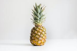 Taiwan to export large shipment of pineapples to Australia in May