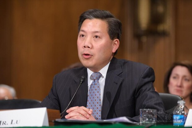 拜登27日提名盧沛寧(圖)出任駐聯合國改革與管理事務代表,具大使銜。(圖取自美國參議院網頁senate.gov)