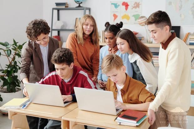 臺灣-印尼官方合作推動二技(2+i)產學專班 學生來臺就學學習成效豐碩